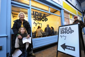 Umpf Pop-up PR Ogilvy pop ip agency Idea Shop