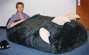 Giant slipper