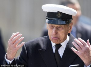2961505300000578-3115816-What_s_that_Prince_Philip_allows_himself_a_grimace_during_the_Ro-a-12_1433787518389